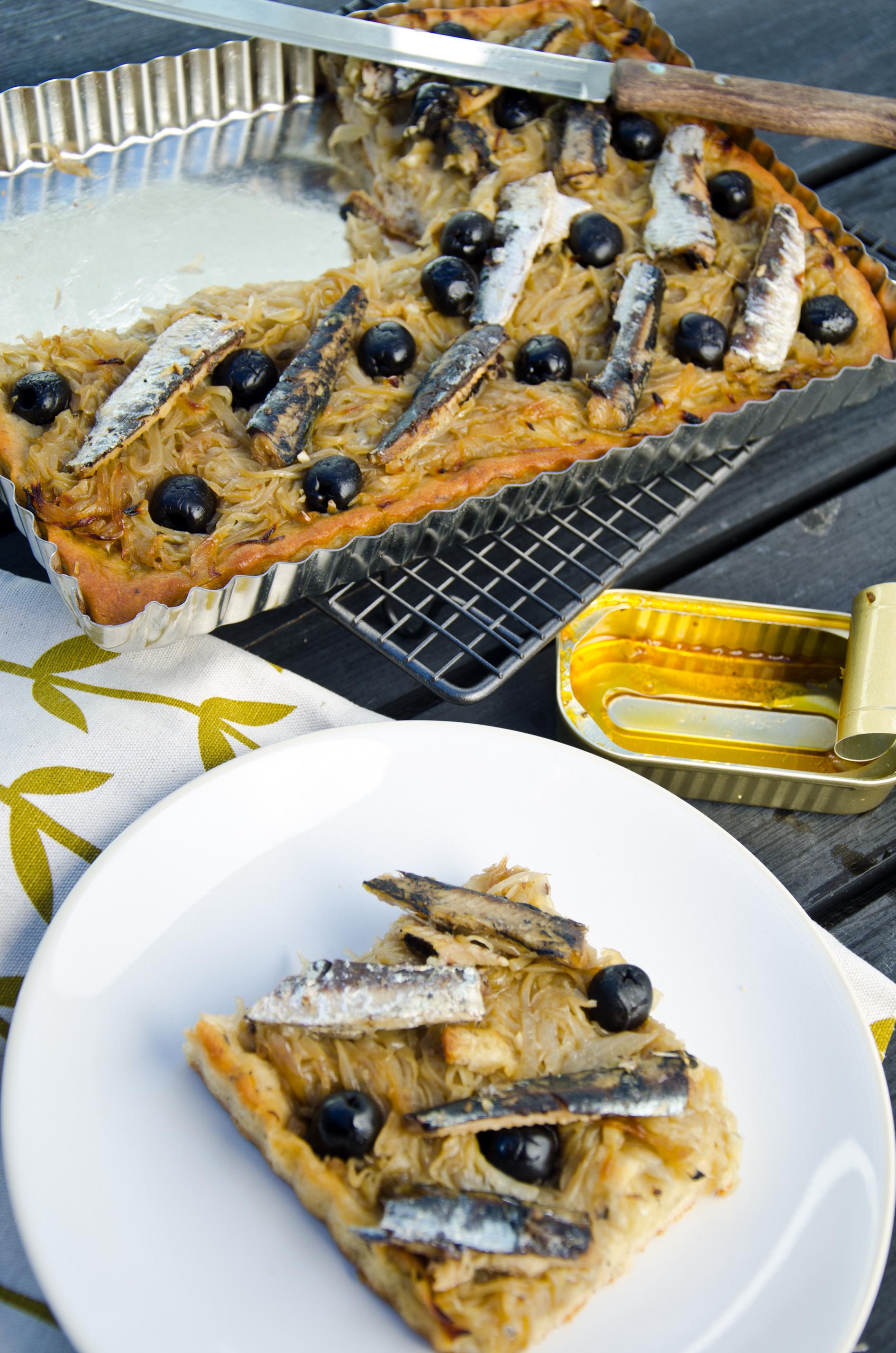 Pissaladière with sardines