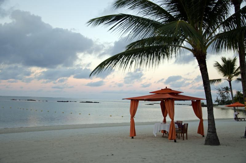 sun setting Mauritius