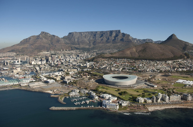Image: Cape Town by Bruce Sutherland