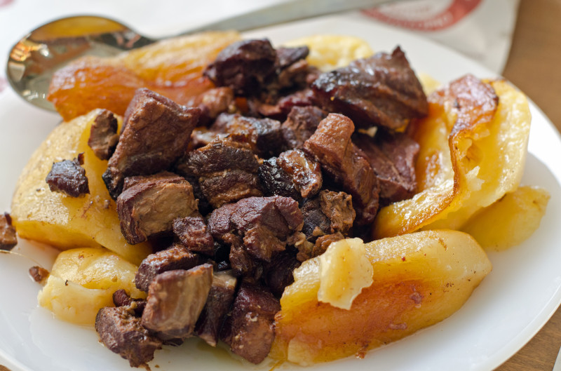 Afelia - pork in red wine with potatoes