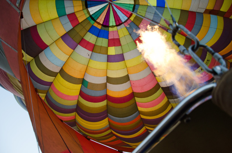 flames, hot air balloon