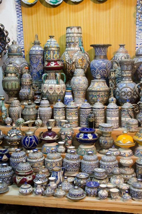 pottery and vessels, Fes