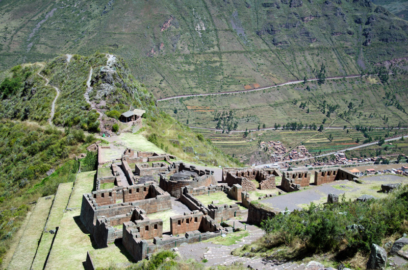 looking over the ruins in Pisac