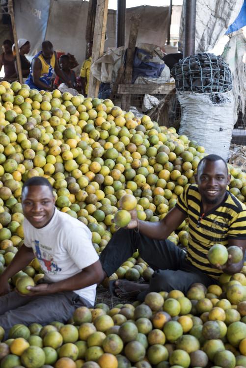 vendors veg market
