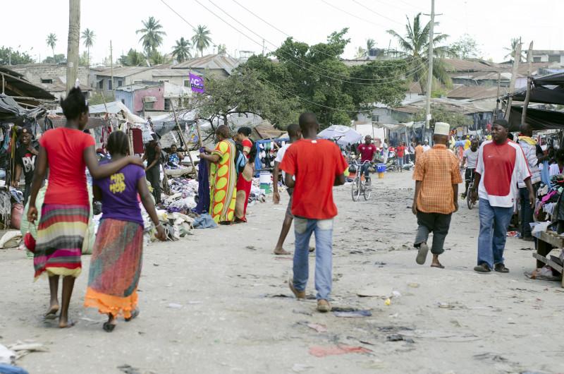 Dar es Salaam street life